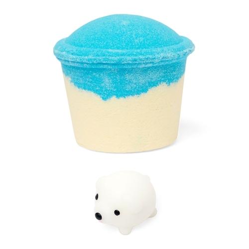 Cupcake_blue_white_dog